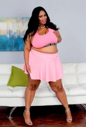 Busty Cookie BBW Star
