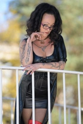Lady Nadine Bauer (1)