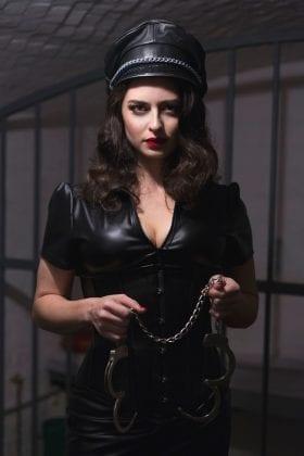 Mistress Bella Lugosi (2)